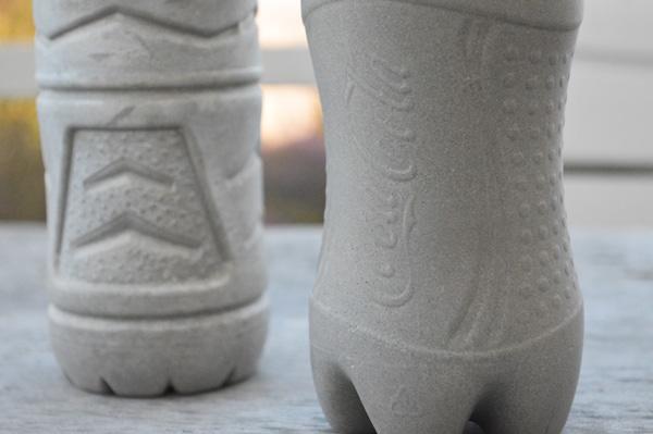 détails 2 vases effet béton